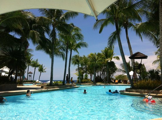 Shangri-La's Mactan Resort & Spa: Aqua pool