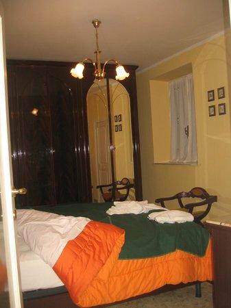 Casa del Girasole: camera