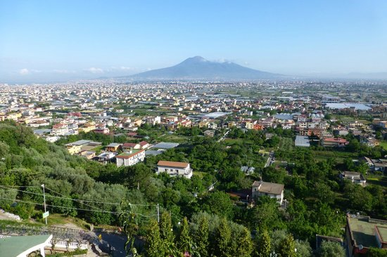 Grand Hotel Le Galassie: view from room 101 - Vesuvius