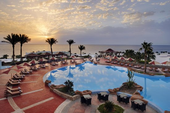 Renaissance Sharm El Sheikh Golden View Beach Resort: 23 Rotunda Pool Panoramic View Sunrise - Renaissance Sharm El Sheikh