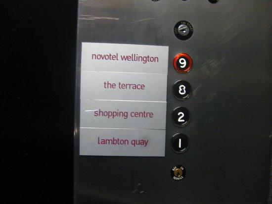 Novotel Wellington : The lift with access to sea-level Lambton Quay area