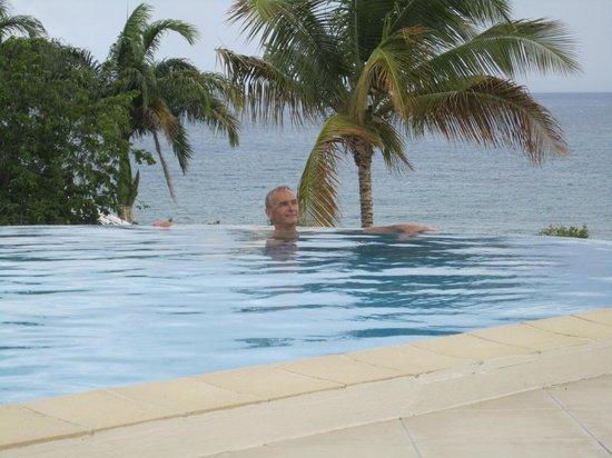 Hotel Amaudo : vue piscine
