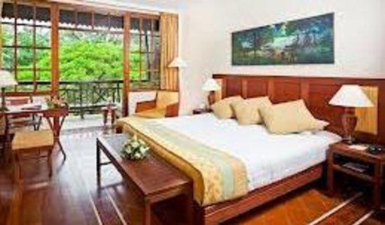 Victoria Angkor Resort & Spa: Great Bed