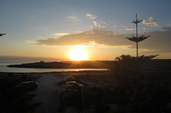 Hotel Cavalluccio Marino : ..uscendo dalla stanza per andare a cenare..uno dei meravigliosi tramonti di fine maggio....