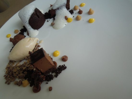 Cavalli Restaurant: death by chocolate..and then I went straight to heaven