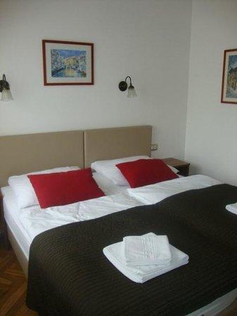 Alo Hotel : Zimmer