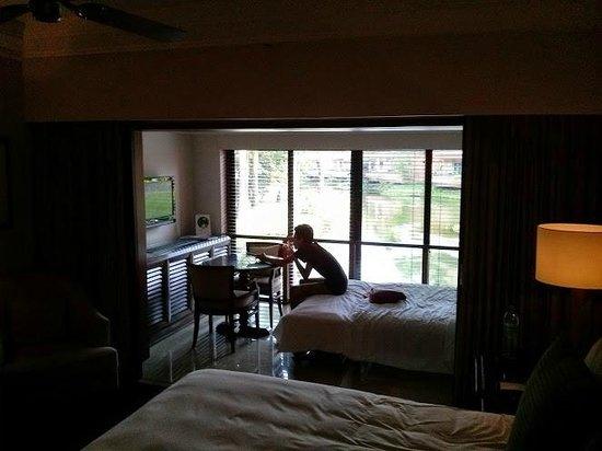 The Leela Goa : room