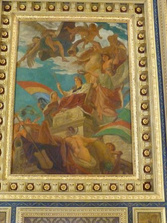 Book Cafe: Painting on the Ceiling