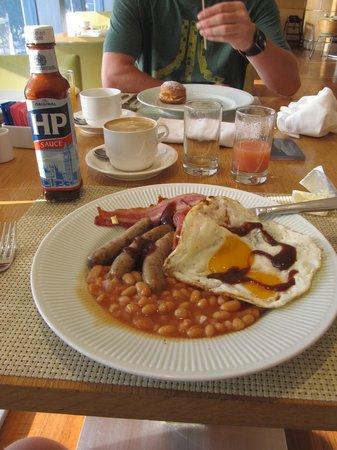 Sheraton Nha Trang Hotel and Spa: Wonderful full English breakfast