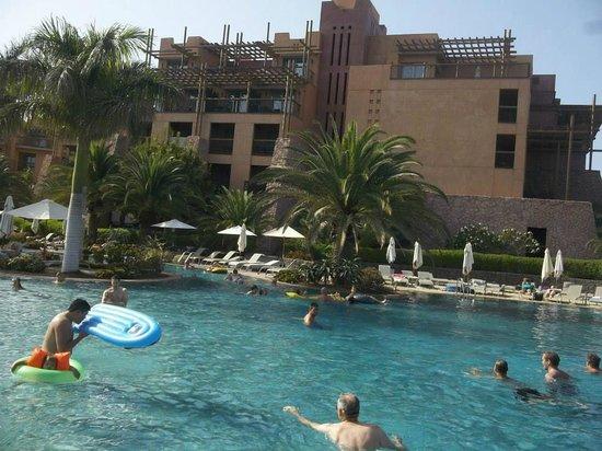 Lopesan Baobab Resort: Lazy River Pool