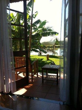 Water Coconut Homestay Villa : uitzicht vanuit slaapkamer