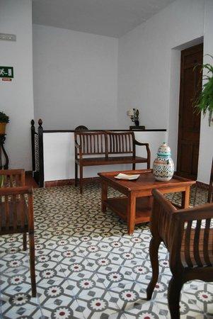 Hostal Montserrat-Casa del Mar: SALON PLANTA PRIMERA