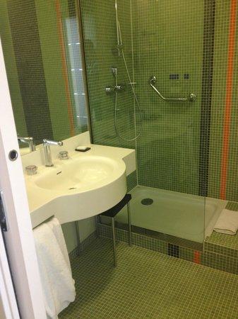 BEST WESTERN PLUS Hotel Le Favaglie : salle d'eau