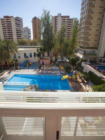 Hotel Magic Villa de Benidorm: Doble Junior Estándar (Vista Piscina)