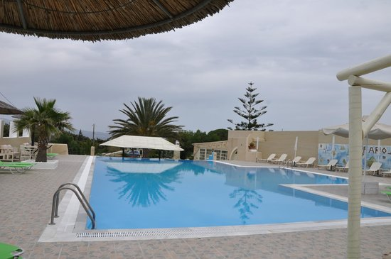 Faros Villa: Pool Area