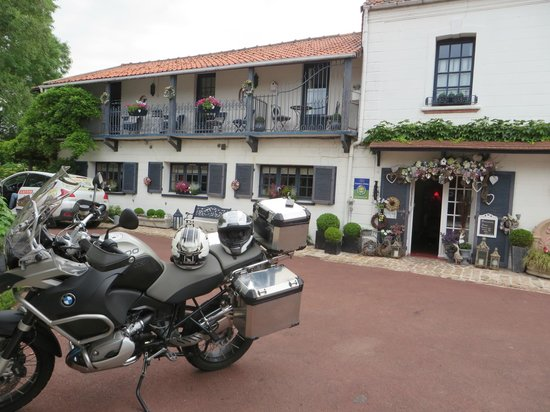 Le Domaine de La Frenaie : Vue de notre chambre...