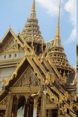 Rembrandt Hotel Bangkok : at the grand palace