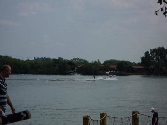 Tattershall Lakes Country Park: Water-skiing lake, lovely to sit outside the boathouse bar and watch the people skiing.