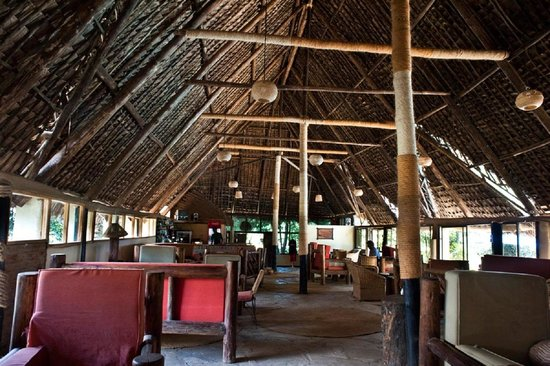 L Oasis Lodge and Restaurant Hotel: The Lounge at L'Oasis