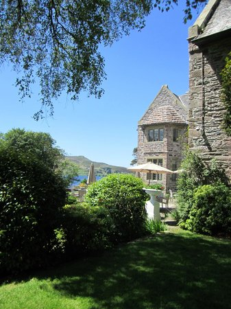 Ard na Sidhe Country House : Set on a beautiful lake