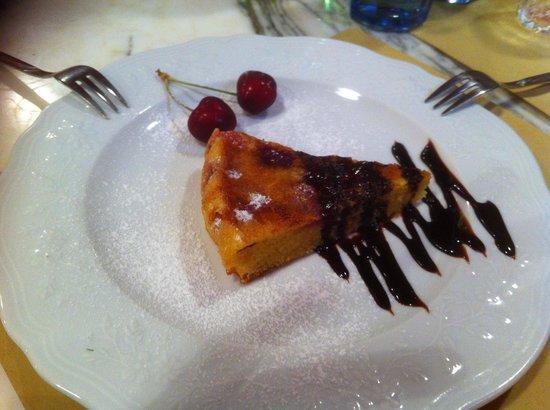 Osteria Germinal: Torta di ciliegie