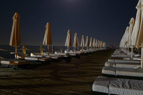 Voyage Sorgun: Pier bij volle maan