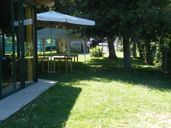 Sant'Angelo in Lizzola, Italia: LA VECCHIA FONTE