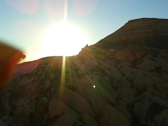 Kapadokya Balloons: Spectacular Sun