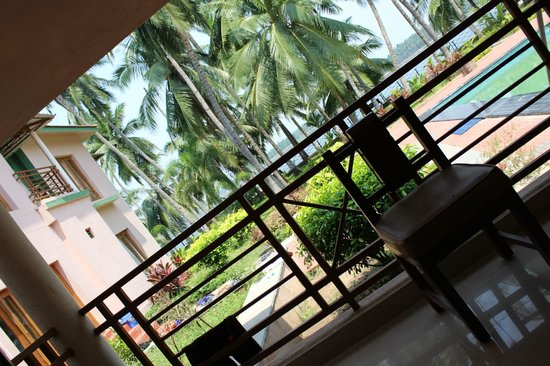 Haritha Coconut Country Resort (APTDC): riverside view