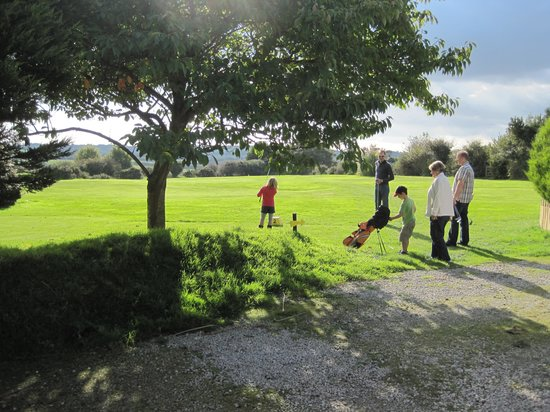 Gwinear Pitch & Putt: Junior day at our course