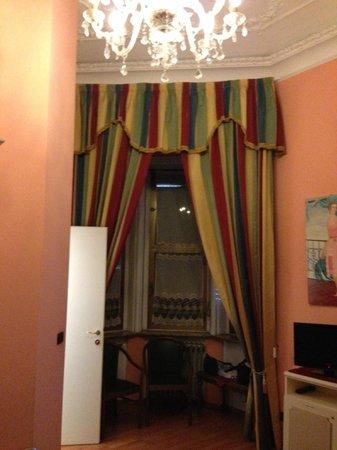 Hotel Principi D'Acaja: Habitación superior nº102