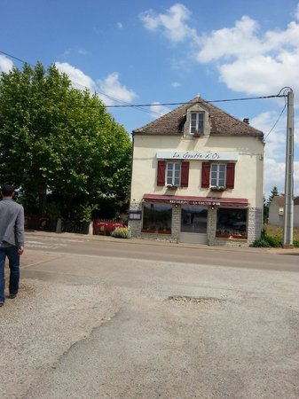 Auberge de la Goutte D Or : Façade du restaurant