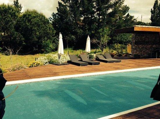 Casas dos Infantes: The pool & garden area