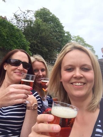 Scudamore's Punting Company: Enjoying a Pimms on the Punt