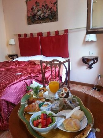 A Florence View B&B: Bed and breakfast