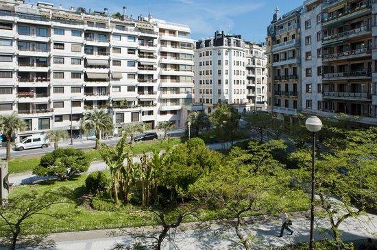 Hotel zaragoza plaza updated 2017 reviews price for Luxury hotel zaragoza