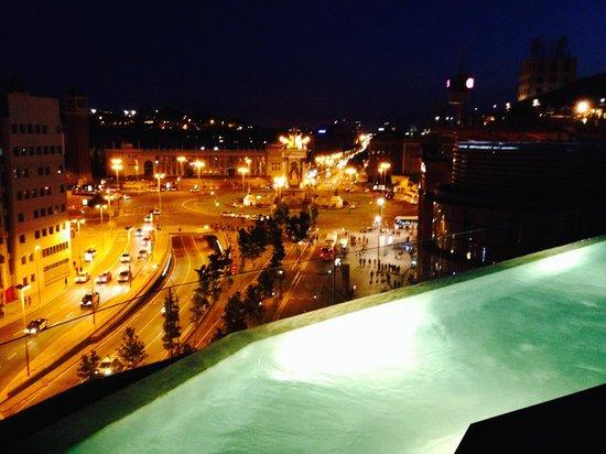 B-Hotel : Vue sur la place d'Espagne