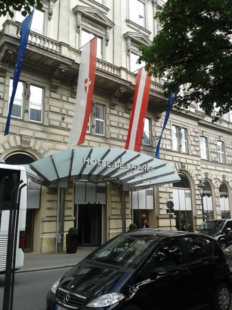 Outside Hotel de France May 2014