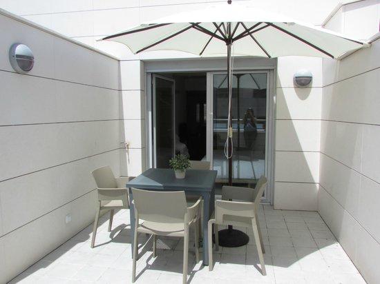 Eric Vokel Boutique Apartments - Atocha Suites: Great Sized Terrace