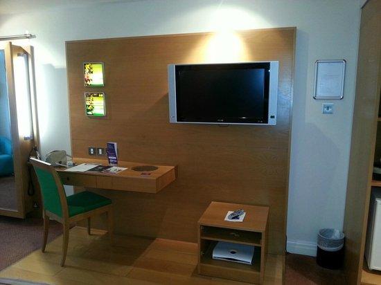 Chesford Grange - A QHotel: Q Star TV