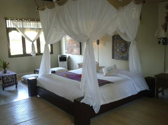 Subak Tabola Villa: honey moon room