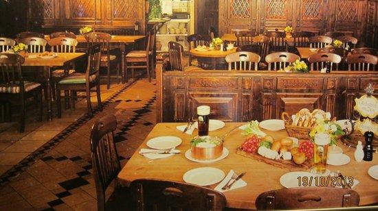 Andechser am Dom: o restaurante todo arrumadinho