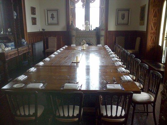 Château Rhianfa : Table for a feast