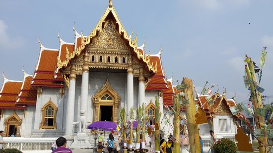 Wat Benchamabophit (The Marble Temple): During Songkran 2014