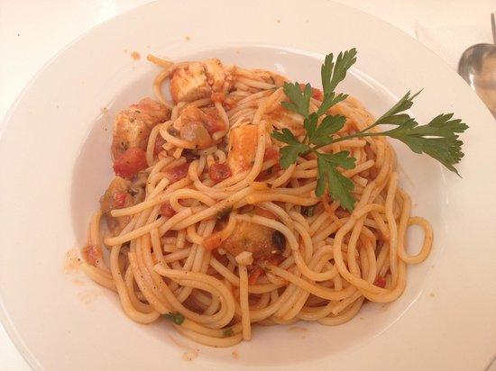 Ta Nona Bar: spaghetti ultra scotti e totalmente insipidi