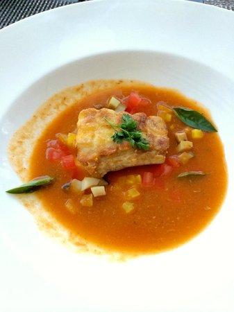 Azure Restaurant: Potato scaled island fish & Kona abalone - saffron braised fennel, kaffir lime aromatic broth