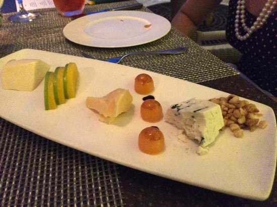 Azure Restaurant: Soft, medium & hard cheese with macadamia nut, brûlée of melon and apple