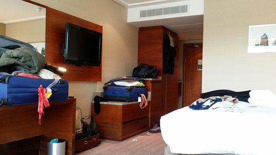 Sofitel London Heathrow : large room