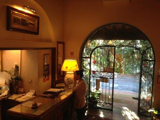 Villa Le Rondini: Eingangsbereich
