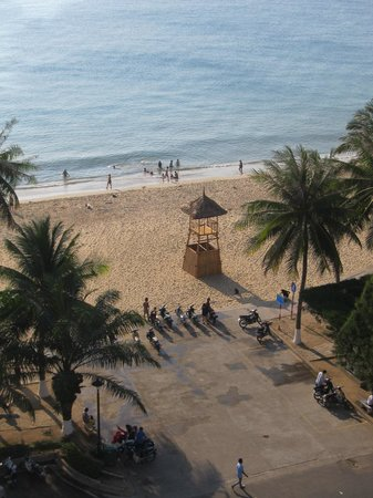 Nha Trang Beach : View from our hotel